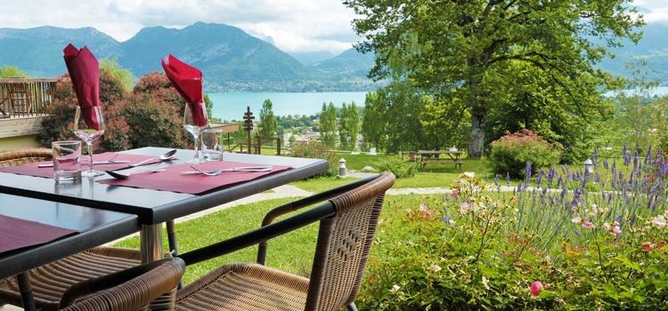 Déjeuner Barbecue face au lac d'Annecy