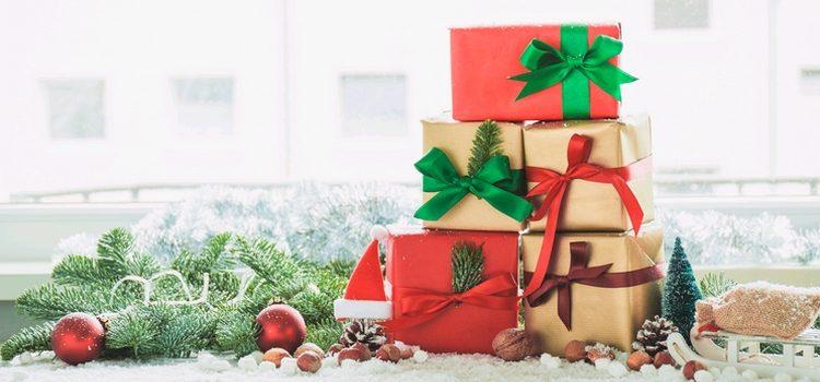 Arbre de Noël à Annecy : encore quelques dates disponibles !